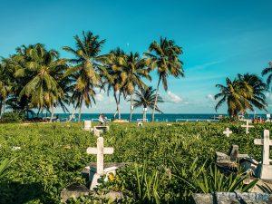 Belize Caye Caulker Sunset Pirate Cementerey Backpacker Backpacking Travel