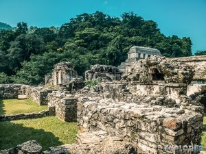 Mexico Palenque Temple Ruins Backpacker Backpacking Travel 2