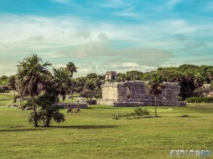 Mexico Tulum Temple Lawn Backpacker Backpacking Travel 2