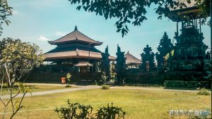 Indonesia Bali Kuta Temple Backpacking Backpacker Travel