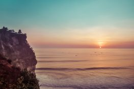 Indonesia Bali Uluwatu Fishermen Fisherboats Beach Sunset Backpacking Backpacker Travel