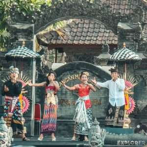 Indonesia Bali Kuta Anniversary Festival Music Backpacker Backpacking Travel