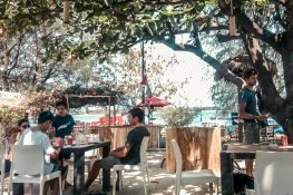 Indonesia Gili Trawangan Manta Scuba Dive Bar Backpacker Backpacking Travel