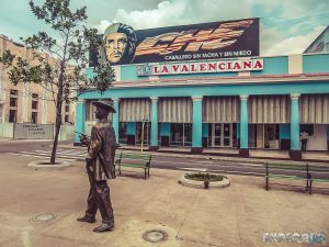 cuba cienfuegos prado che guevara backpacker backpacking travel