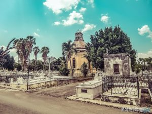 cuba havana cementerio de cristobal colon backpacker backpacking travel