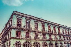 cuba havana colonial buildings backpacker backpacking travel