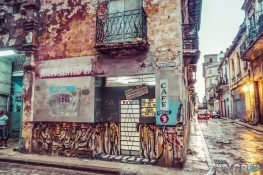 cuba havana graffiti backpacker backpacking travel