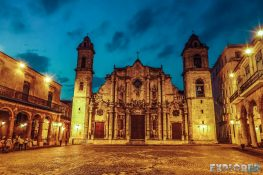 cuba havana plaza de la catedral backpacker backpacking travel