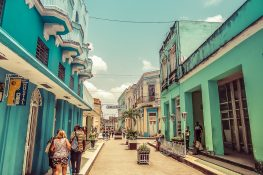 cuba santa clara boulevard backpacker backpacking travel