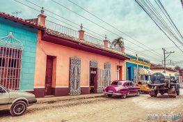 cuba trinidad oldtimer backpacker backpacking travel
