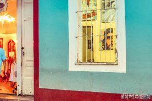 cuba trinidad paintings che guevara backpacker backpacking travel