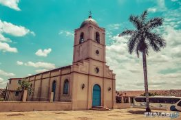 cuba vinales church backpacker backpacking travel