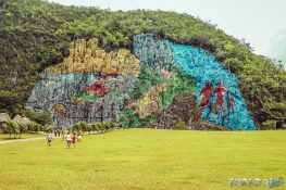 cuba vinales mural de la prehistoria backpacker backpacking travel