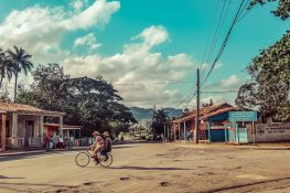 cuba vinales streets backpacker backpacking travel