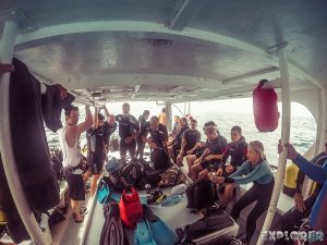cuba varadero beach scuba dive boat backpacker backpacking travel