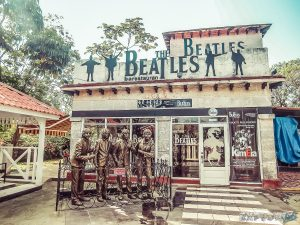 cuba varadero beatles backpacker backpacking travel