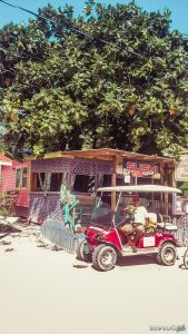 Belize Caye Caulker Goldcart Backpacker Backpacking Travel