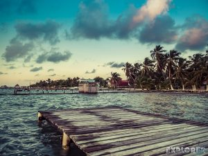 Belize Caye Caulker Sunrise Backpacker Backpacking Travel 5