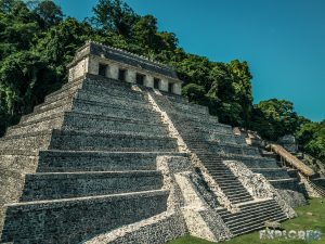 Mexico Palenque Temple Backpacking Backpacker Travel 2