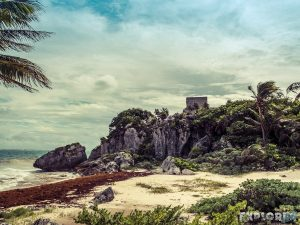 Mexico Tulum Temple Ruins Beach Backpacker Backpacking Travel 3