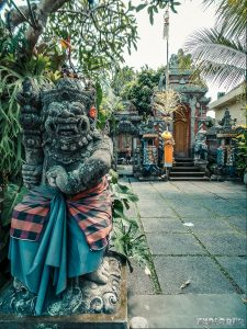 Indonesia Bali Ubud Palace Statue Backpacking Backpacker Travel
