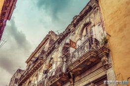 cuba havana colonial buildings backpacker backpacking travel