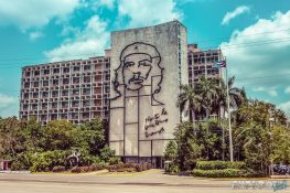 cuba havana plaza de la revolution che guevara backpacker backpacking travel