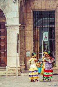 cuba havana plaza vieja colonial ladies backpacker backpacking travel