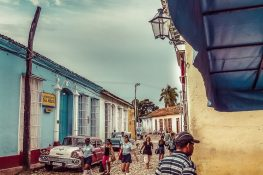 cuba trinidad morning schoolkids backpacker backpacking travel