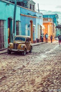 cuba trinidad streets oldtimer backpacker backpacking travel