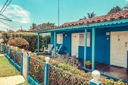 cuba vinales houses backpacker backpacking travel