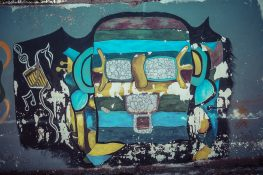 Ecuador Otavalo Graffiti Backpacker Backpacking Travel