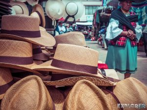 Equador Otavalo Market Hats Backpacking Backpacker Travel