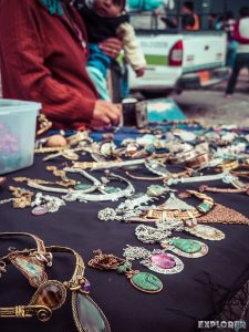 Equador Otavalo Market Jewelery Backpacking Backpacker Travel