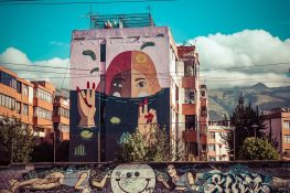 Equador Quito Alamor Mural Vera Primavera Detonarte Backpacking Backpacker Travel