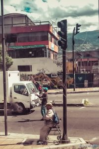 ecuador latacunga street juggler backpacker backpacking travel