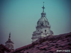 ecuador quito church backpacker backpacking travel