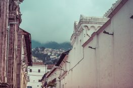ecuador quito streets backpacker backpacking travel 4