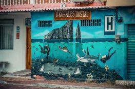 ecuador san cristobal galapagos wreckbay graffiti backpacker backpacking travel