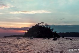 Indonesia Nusa Penida Crystal Bay Sunset ExplorerVibes Backpacking Backpacker Travel